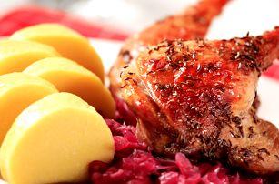 3chodové slavnostní menu u Švejka. Slavnostní oběd nebo večeře, vývar, kachna, palačinka, káva.