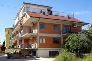8–10denní Itálie, Marche | Apartmány v Residence Collina | Pláže 50 m | Možnost české polopenze