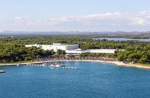 Chorvatsko - Šibenik na 5 až 6 dní, polopenze nebo snídaně s dopravou vlastní