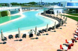 Maďarsko, Mjus World Resort propojený s lázněmi a polopenzí, po celý rok