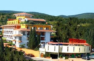 Bulharsko - Slunečné Pobřeží na 8 až 11 dní, plná penze nebo polopenze s dopravou letecky z Brna