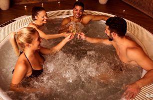 Relaxace pro 2 páry: 90 minut ve vířivce a masáž