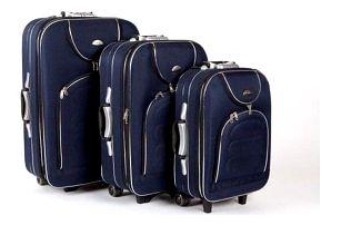 Sada tří cestovních kufrů