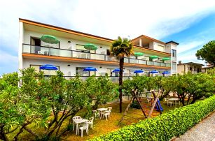 Itálie - Lignano na 8 až 10 dní, bez stravy s dopravou autobusem nebo vlastní 350 m od pláže