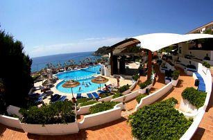 Itálie - Kalábrie na 8 až 15 dní, all inclusive s dopravou letecky z Prahy 150 m od pláže