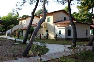 Itálie - Kalábrie na 8 dní, polopenze nebo bez stravy s dopravou letecky z Bratislavy nebo vlastní 100 m od pláže