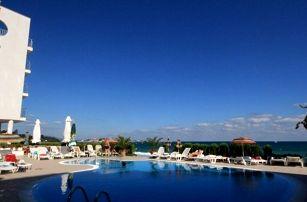 Bulharsko - Nesebar na 8 dní, snídaně s dopravou letecky z Brna nebo Prahy 50 m od pláže