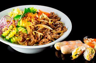 Výběr z menu v asijském bistru pro 1 nebo pro 2