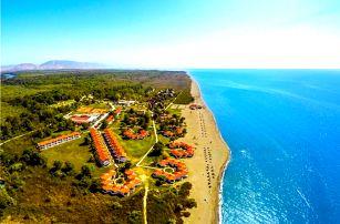 Černá Hora - Ulcinj na 8 dní, plná penze s dopravou letecky z Prahy přímo na pláži