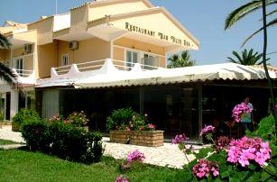 Řecko - Korfu na 4 až 6 dní, polopenze nebo snídaně s dopravou letecky z Prahy 150 m od pláže