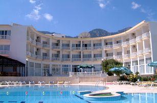 Kypr - Severní Kypr na 8 dní, polopenze nebo snídaně s dopravou letecky z Brna nebo Prahy 100 m od pláže