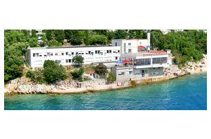 Chorvatsko - Crikvenica na 10 dní, plná penze nebo polopenze s dopravou autobusem
