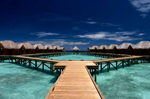 Maledivy - Jižní Atol Male na 10 dní, polopenze nebo snídaně s dopravou letecky z Prahy přímo na pláži