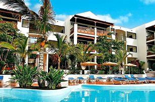 Kanárské ostrovy - Lanzarote na 8 dní, polopenze, snídaně nebo bez stravy s dopravou letecky z Prahy 250 m od pláže