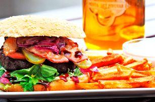 Bacon burger s hranolky a dipem pro 1 i 2