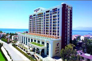 Turecko - Antalya na 8 dní, all inclusive s dopravou letecky z Prahy přímo na pláži