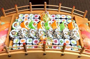 Sushi sety s 24–72 ks i s polévkou či salátem