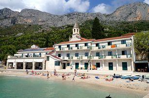 Chorvatsko - Střední Dalmácie na 8 až 10 dní, polopenze s dopravou autobusem nebo vlastní 20 m od pláže