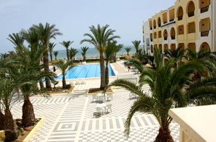 Tunisko - Zarzis na 9 až 16 dní, all inclusive s dopravou letecky z Prahy přímo na pláži