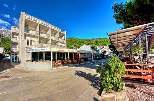 8–10denní Chorvatsko, Drvenik | Hotel Nano*** přímo u pláže | Dítě zdarma | Krytý bazén | Polopenze, doprava vlastní nebo autobusem