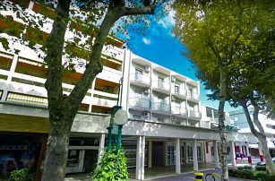8–10denní Itálie, Bibione | Residence Furlan*** 250 m od pláže | Klimatizace a plážový servis zdarma | Strava vlastní | Autobusem nebo vlastní doprava