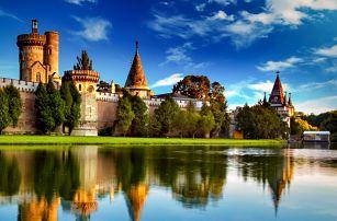Kouzelný zámek Franzensburg, čokoládovna, plavba po podzemním jezeře   Jednodenní zájezd do Rakouska