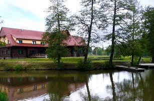Moderní srub u rybníka kousek od Kutné Hory