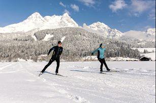 Ráj pro lyžaře Hochkönig a nekonečná horská energie. Kouzelný 4* hotel v městečku Saalfelden
