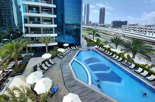 Spojené arabské emiráty - Dubai na 5 až 6 dní, plná penze nebo snídaně s dopravou letecky z Prahy 2 km od pláže