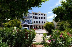 8–10denní Chorvatsko, Selce | Pension Selce*** 30 m od pláže | Doprava -50% | Dítě zdarma | Polopenze, autobusem nebo vlastní doprava