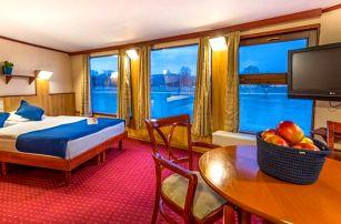 Budapešť originálně na lodi + slevová karta