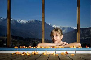 Lyžovačka s Aquaparkem v Julských Alpách pro dva v ekologickém hotelu