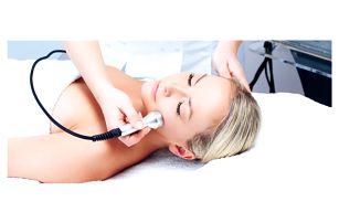 Ošetření aknózní pleti nebo mezzoterapie