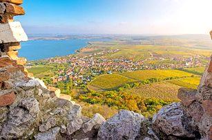 Jižní Morava v penzionu s degustací a neomezenou konzumací vína i s bohatým rautem