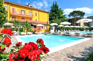 Lago di Garda na 4 a 6 dní s bazénem