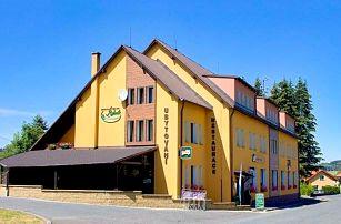 Český les s bowlingem a půjčením kol