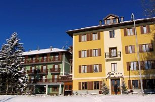 4-8denní Folgaria se skipasem   Hotel Monteverde 4 noci***   Ubytování, Polopenze a skipas