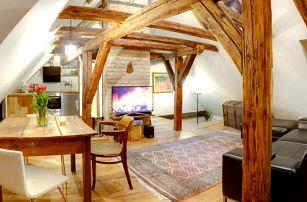 Stylové ubytování s historickými prvky u hradu Loket