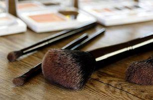 Make-up kurz: Sama sobě vizážistkou v Praze
