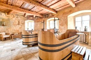 Lašská brána Beskyd s polopenzí a pivní koupelí v Hotelu Štramberk ****