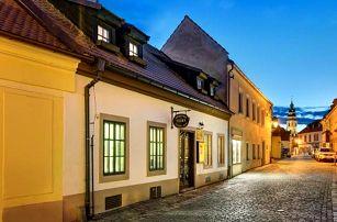 Český Krumlov v historickém centru v Penzionu Teddy se snídaní a slevami