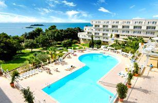 Chorvatsko, Istrie | Hotel Delfin** | Polopenze | Dítě do 11 let zdarma | Doprava zdarma