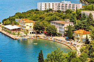 Chorvatsko, ostrov Krk   Hotel Adriatic – Omišalj** 50 m od pláže   Polopenze