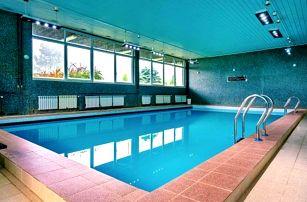 Beskydy poblíž skiareálů: oblíbený Hotel Petr Bezruč *** s polopenzí a bazénem