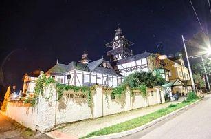 Mariánské Lázně: zámecký Schlosshotel *** s polopenzí a 7 procedurami + bazén