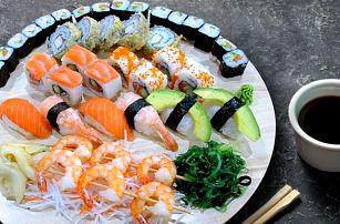 Sushi set s 41 kousky: krevety, losos i kaviár