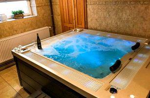 Valašsko v Hotelu Sirákov *** u ski areálu s vínem, privátním wellness a plnou penzí