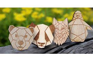 Dřevěné zvířecí brože vyrobené v České republice
