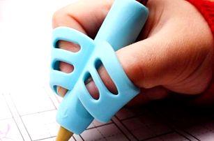 Pomůcka pro správné držení tužky CC3