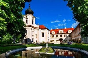 Pobyt na zámku: skvělé jídlo, bazén i prohlídka